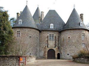Chateau de Pompadour - Fortified gate - Le Châtelet