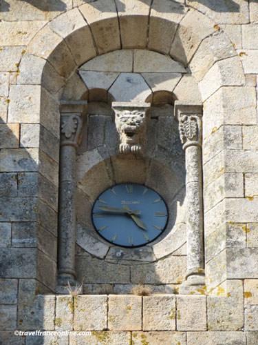 Eglise Saint Malo d'Ivignac la Tour - clock