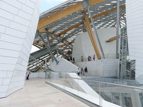 Louis Vuitton Foundation building
