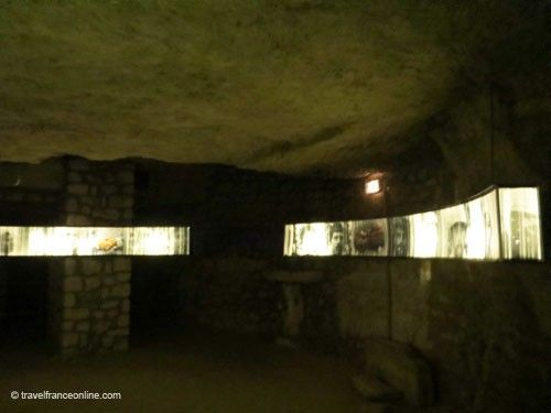 Chapel in the Caverne du Dragon