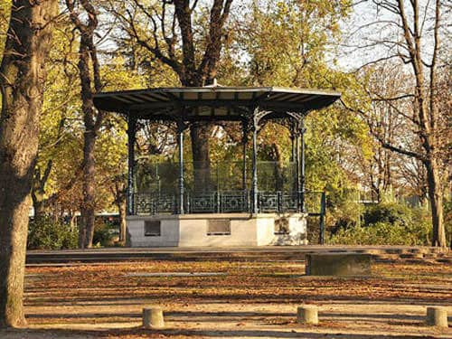 Music kiosks - Jardin des Champs-Elysees