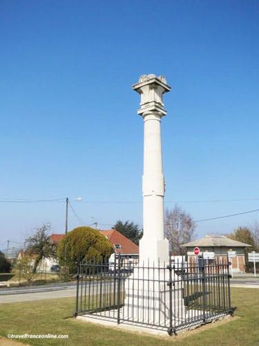 Cerny-en-Laonnois - British Memorial Column