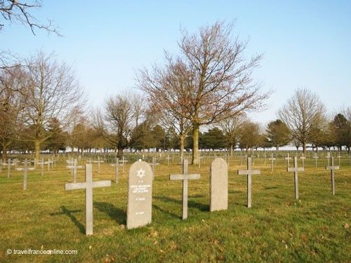 Neuville-Saint-Vaast German War Cemetery - German and Jewish graves
