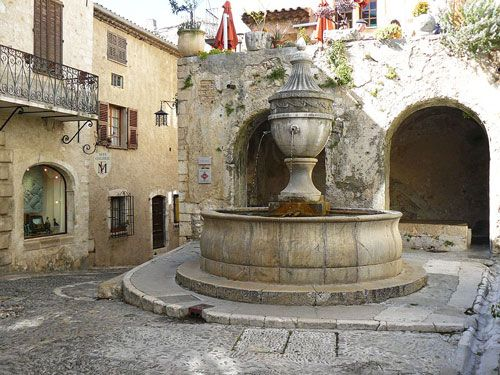 Saint Paul de Vence - Place de la Grande Fontaine