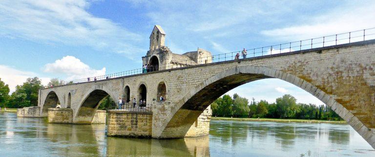 Pont Saint-Benezet in Avignon – Provence