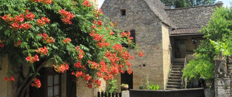 Traveling to the Dordogne from the UK
