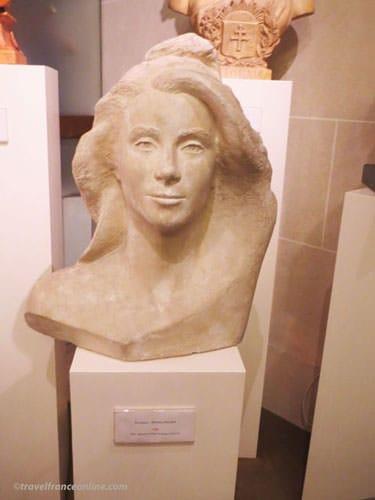Bust of Marianne - Catherine Deneuve by Polska