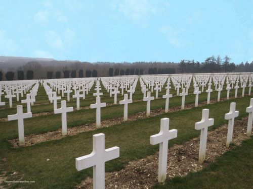 Douaumont Ossuary - Crosses facing the battlefield