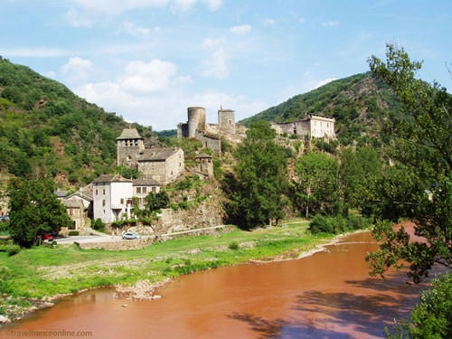 Plus beaux villages de France - - Brousse-le-Chateau in Aveyron