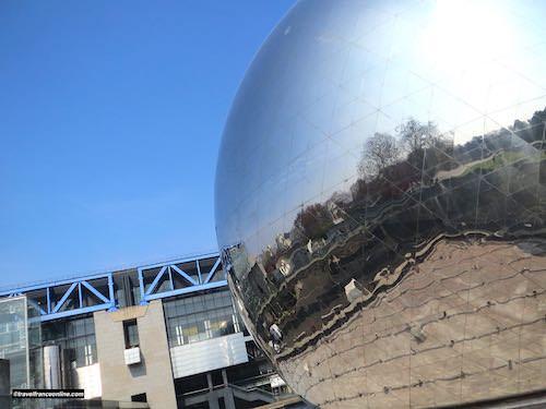 Geode and Sciences Museum in Parc de la Villette