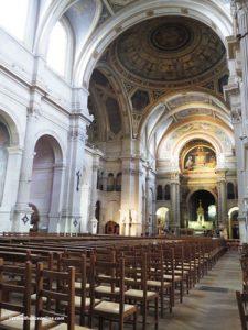 Saint Francois Xavier Church - Nave and chancel