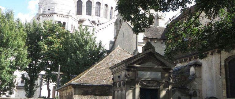 Petit Cimetiere du Calvaire in Montmartre