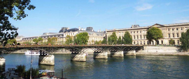 Pont des Arts – metal footbridge – Paris