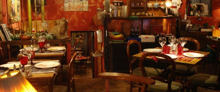 Bouchons Lyonnais – bistros-restaurants