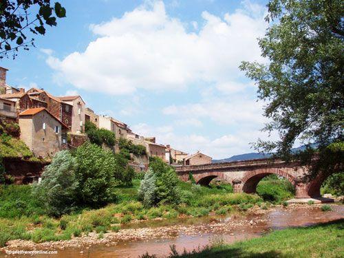 Bridge spanning the Dourdou in Montlaur
