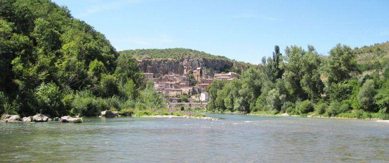 Peyre troglodyte medieval  village – Aveyron