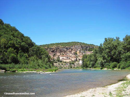 Peyre seen the river Tarn