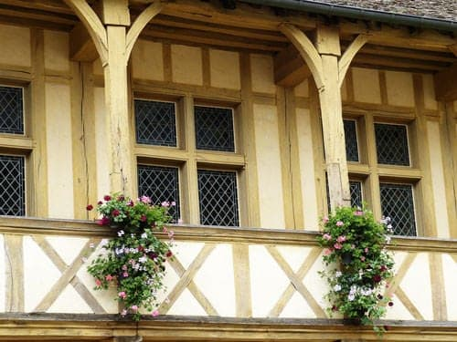 Bourgogne - Picturesque facade in Beaune