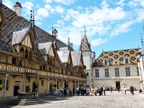 Hospices de Beaune - Hôtel-Dieu and Cour d'Honneur