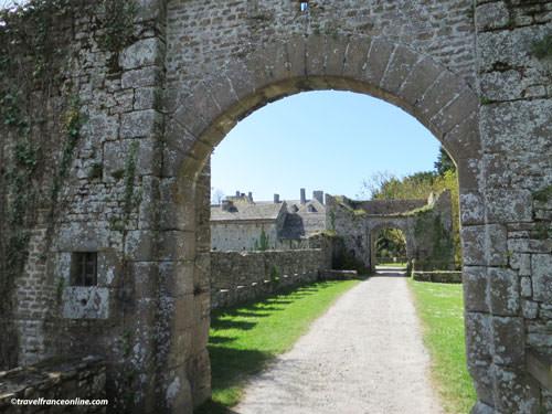 Chateau du Pirou barbican