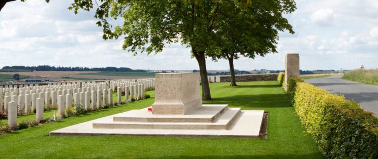 Connaught Cemetery – Commonwealth Cemetery – Thiepval