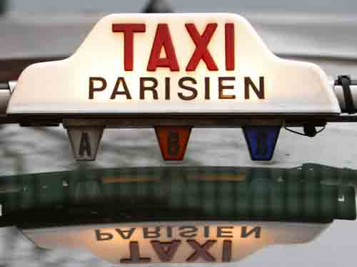 How to get a taxi to Paris from Charles de gaulle Airport
