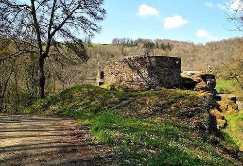 Fort du Lourdou in Belcastel - Aveyron