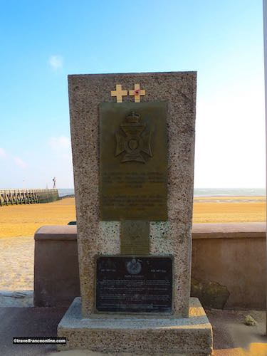 Regina Rifles Regiment Memorial in Corseulles-sur-mer - Juno Beach War Memorials