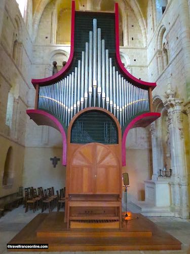 Lessay Abbey - Organ in north transept
