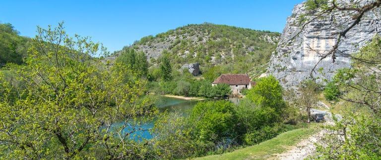 Moulin de Cougnaguet, fortified watermill in the Lot