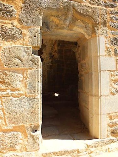 Entrance to the Chateau des Anglais, also known as Chateau Fort de La Roque d'Autoire