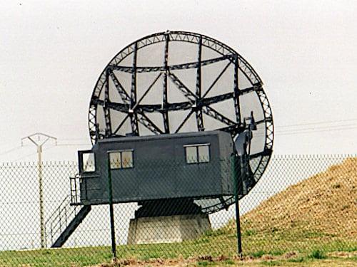 Wurzburg radar antenna - Juno Beach War Memorials in Douvre-la-Delivrande