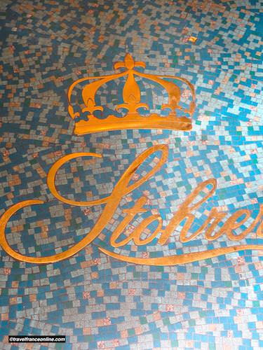 Floor tiles of Patisserie Stohrer in Rue Montorgueil