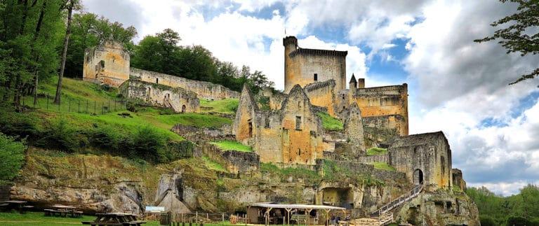 Commarque, an emblematic castle of Périgord