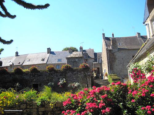 Lehon village houses