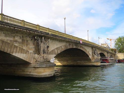 Pont des Invalides upstream side