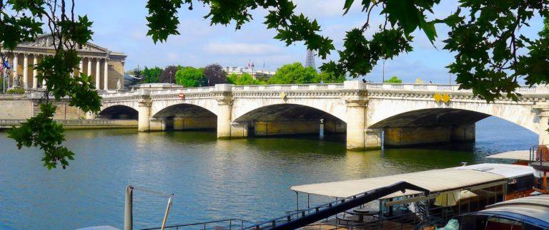 Pont de la Concorde in Paris