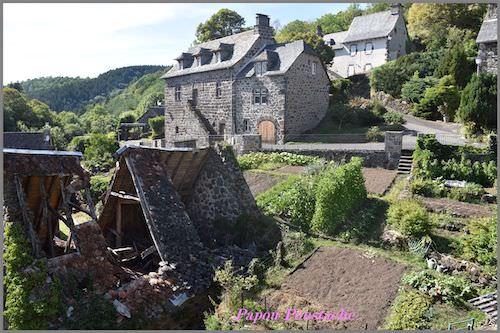 Tournemire castle living quarters