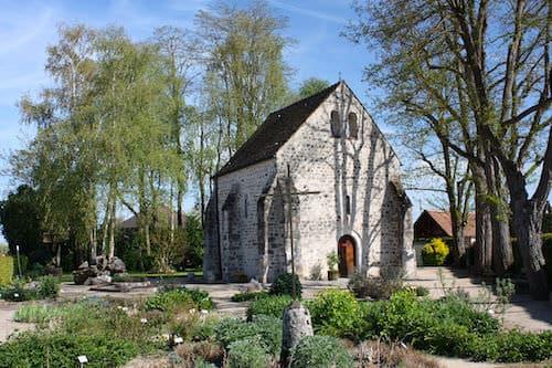 Saint-Blaise-des-Simples Chapel in Milly-la-Forêt