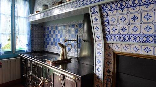 Maison de Monet - Blue kitchen