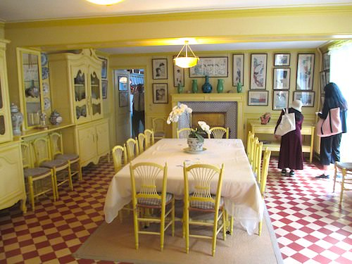 Maison de Monet - Yellow dining-room