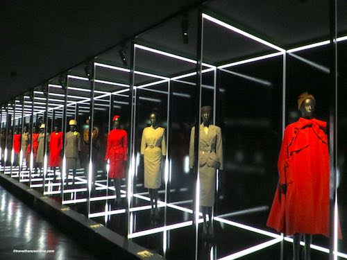 Christian Dior collections Louvre 2017 exhibition
