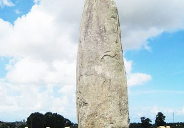 Champ Dolent Menhir