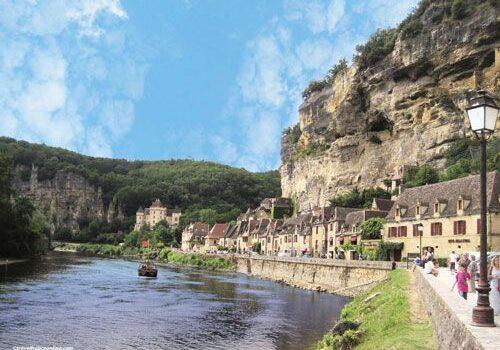 La Roque Gageac along the Dordogne River