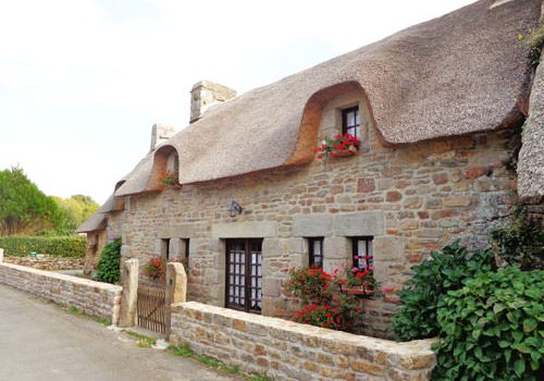 Kerascoet thatched cottages in Nevez