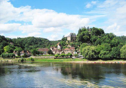 Plus beaux villages de France - Limeuil in the Dordogne