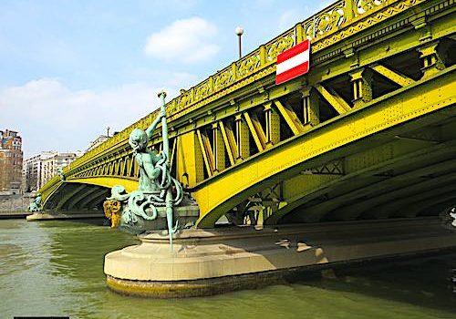 Pont Mirabeau in Paris