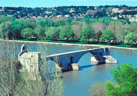 Pont-Saint-Benezet-Avignon_bridge