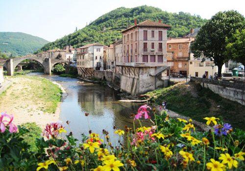 St Affrique - Vieux Pont and river Sorgues